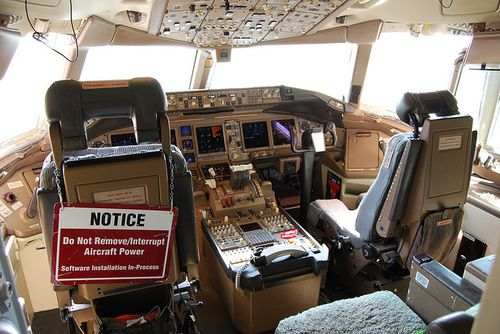 Do Not Remove Aircraft Power